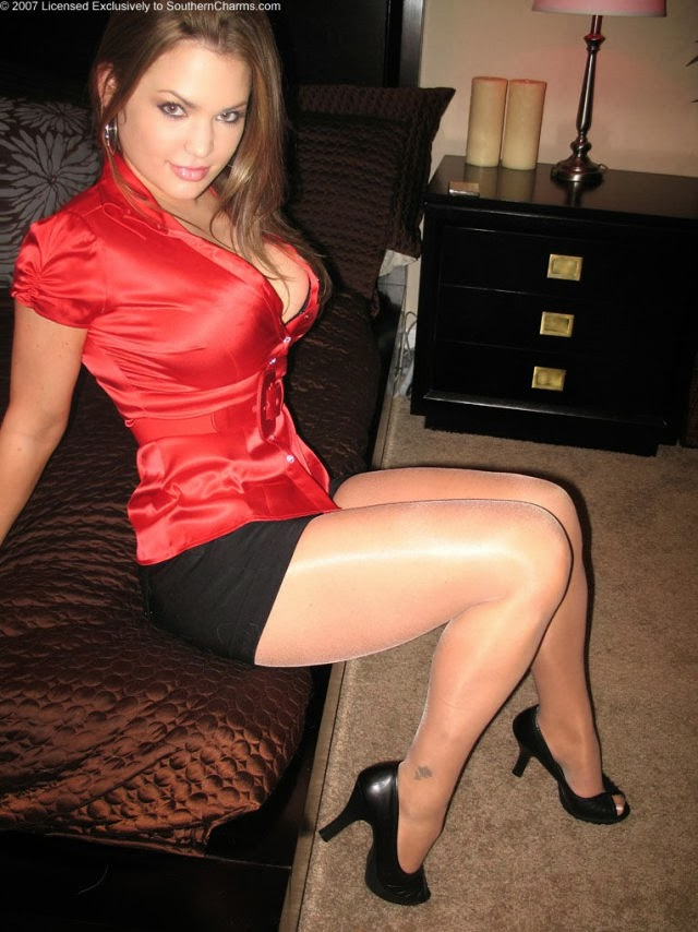 Dress sexy girl pics hot in beautiful