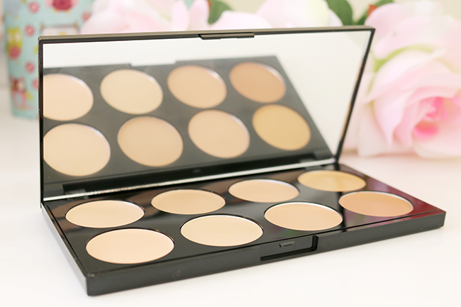 Makeup Revolution Ultra Professional Cover & Concealer Palette