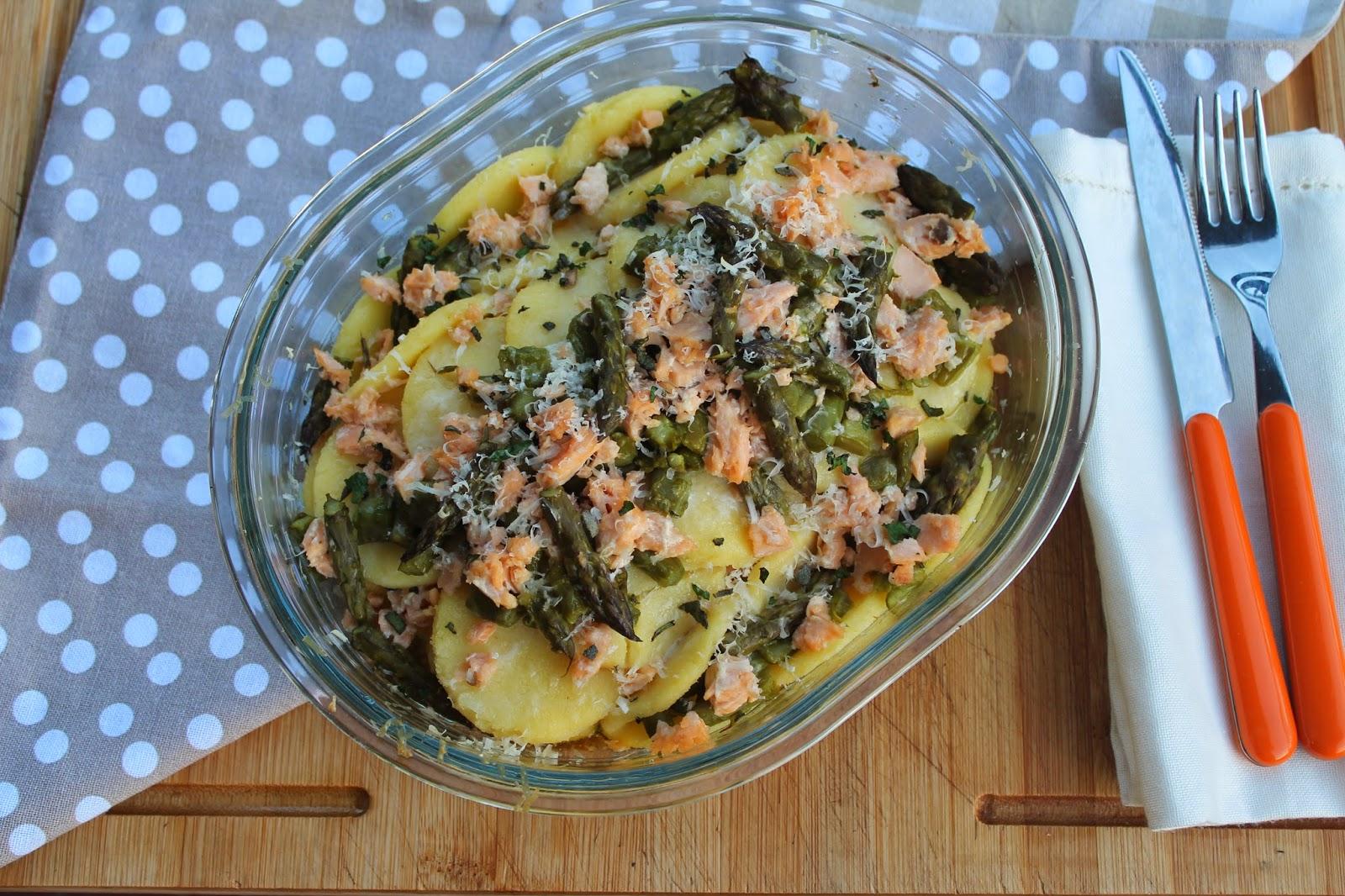 gnocchi alla romana con salmone e punte di asparagi