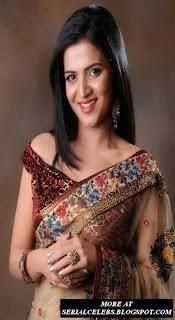 VJ Divya Darshini in Low hip saree