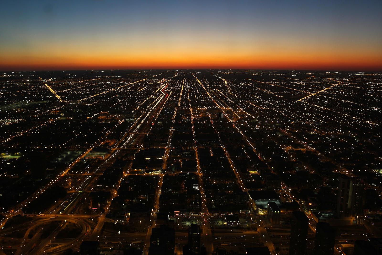 http://1.bp.blogspot.com/-DBxIHFBc_zs/UI34N6P6T9I/AAAAAAAAFrc/8Y58Oc_SepM/s1600/Chicago+sunset+wallpaper.jpg