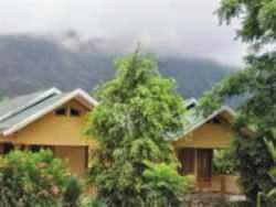 Hotel di Praya & Sembalun Lombok - Maria Guest House and Trekking Organizer
