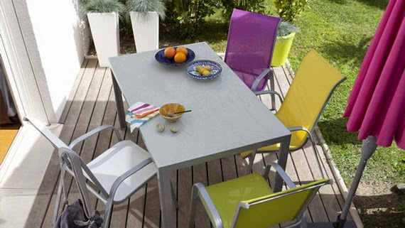 relaxing in the garden with colorful outdoor chairs | Vietnam Outdoor Furniture