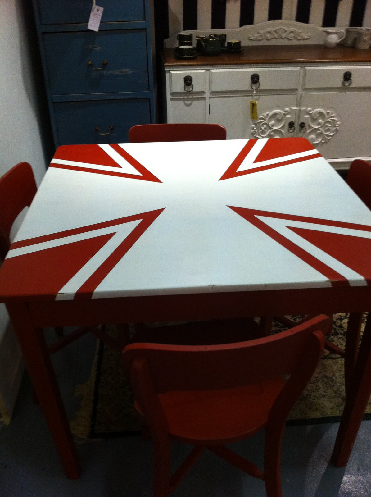 Lilyfield Life: Red Celtic Cross Table and Chairs