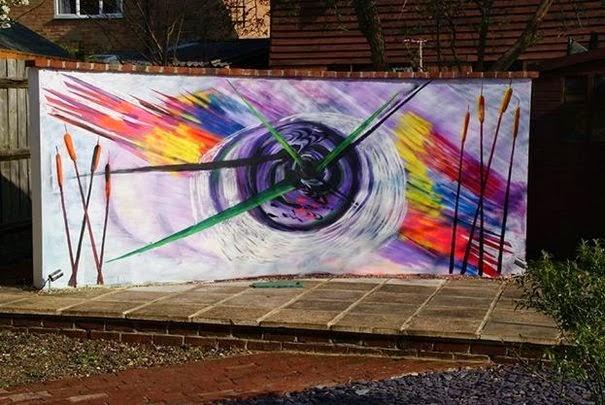 dinfo.gr - Μετέτρεψε έναν άχρηστο τοίχο σε καμβά για τις δημιουργίες του!