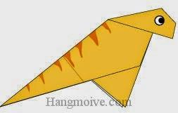 Bước 10: Vẽ mắt, vân để hoàn thành cách xếp con khủng long chân chim Iguanodon bằng giấy origami đơn giản.