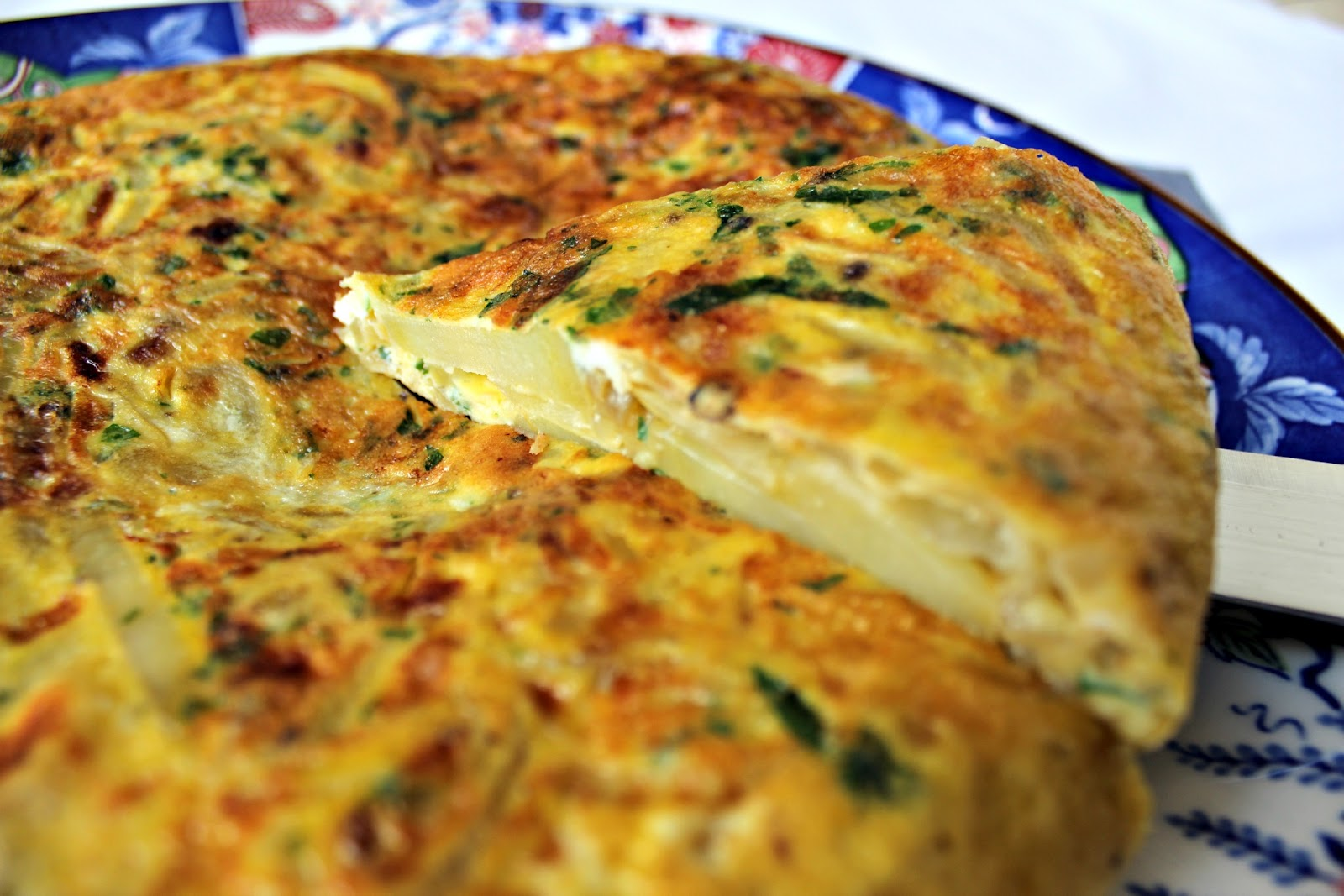 just knew I was going to love this Tasty Potato and Onion Frittata ...