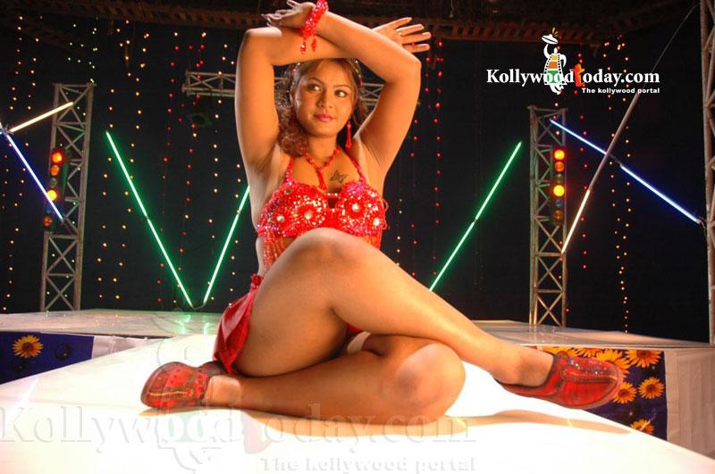 nude-in-masala-women