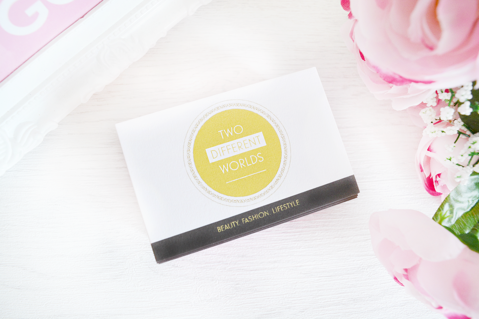 Blog Business Cards & MOO Review | Two Different Worlds