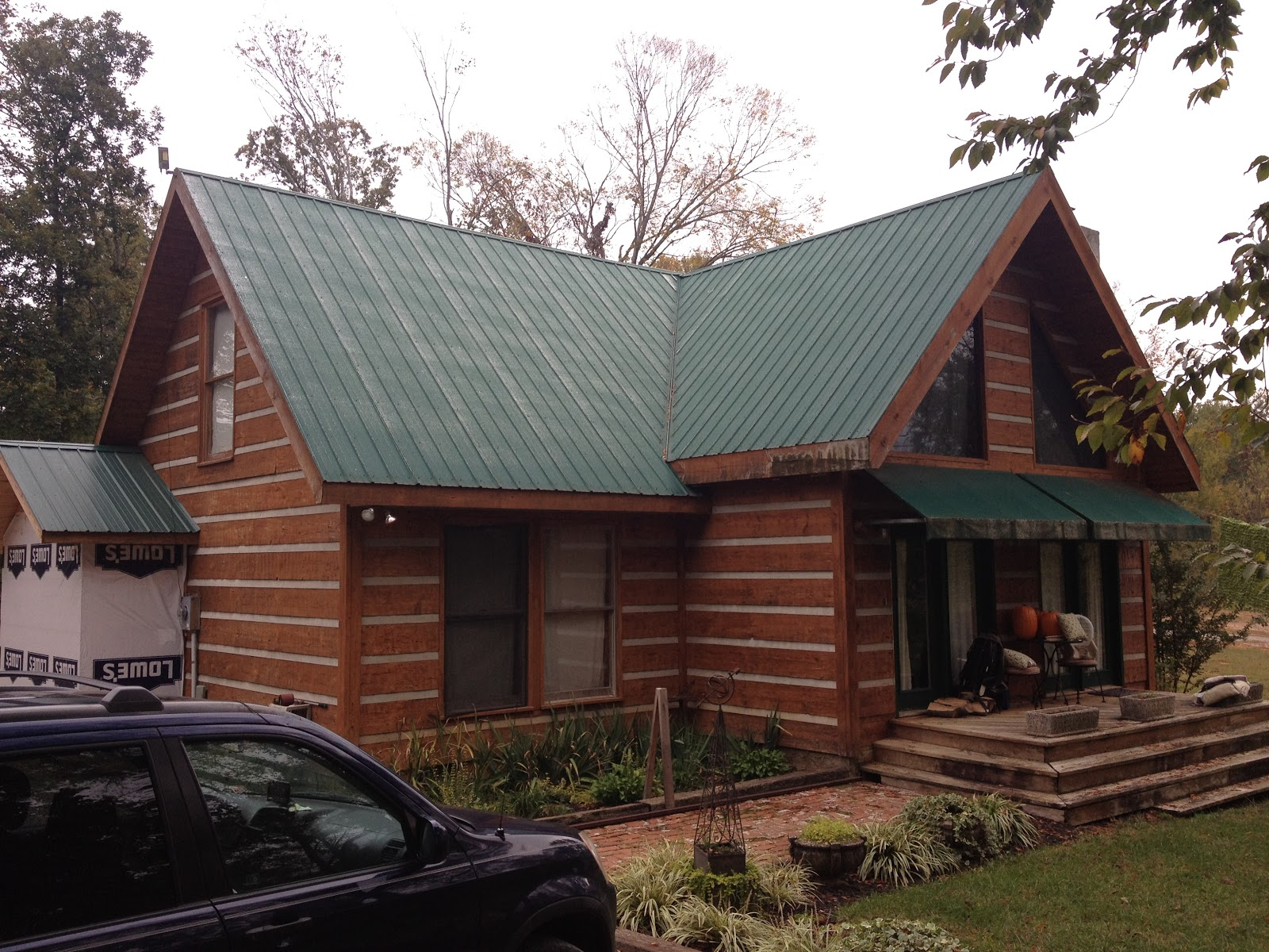 Brown rustic siding fabulous home design for Sustainable siding