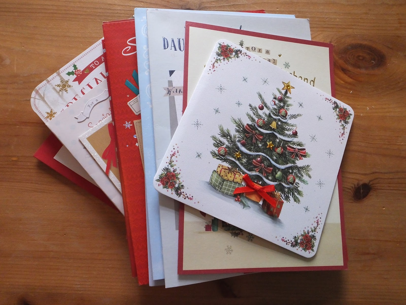 Gem\'s Country Life: Recycling Christmas Cards