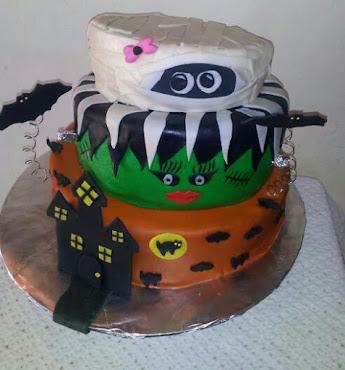 Halloween Girl Cake