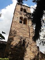 El campanar de l'església de Sant Esteve de Tavèrnoles. Autor: Ricard Badia