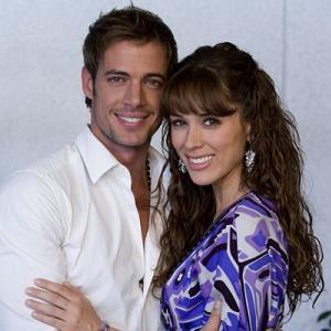 ... Bracamontes (María José), la pareja protagonista de la historia