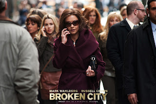 Catherine Zeta Jones with Sunglasses Broken City HD Wallpaper