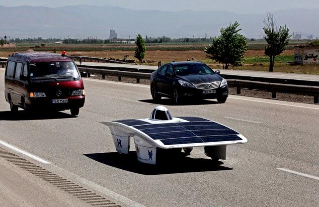solar-car-road
