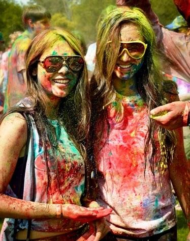 happy holi wallpaper images holi girls colors images.jpg