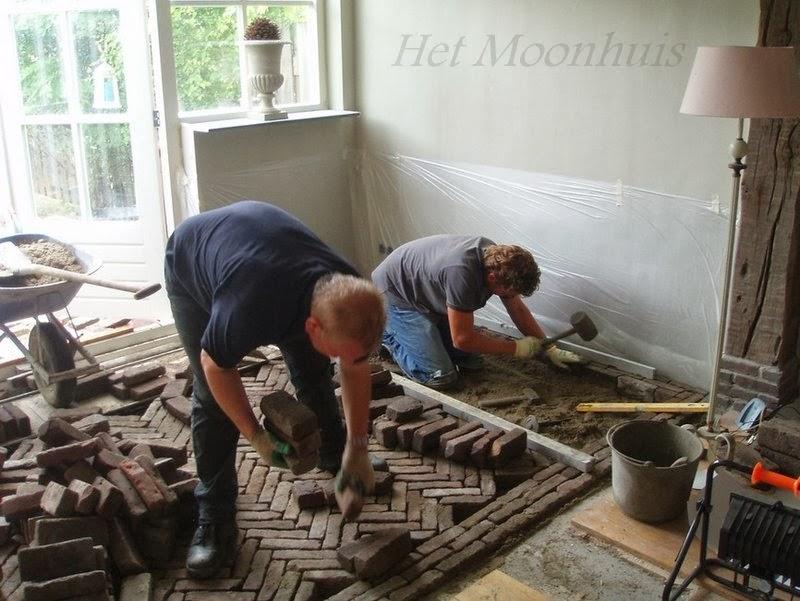 Het moonhuis onze oude waaltjesvloer - Keuken in het oude huis ...