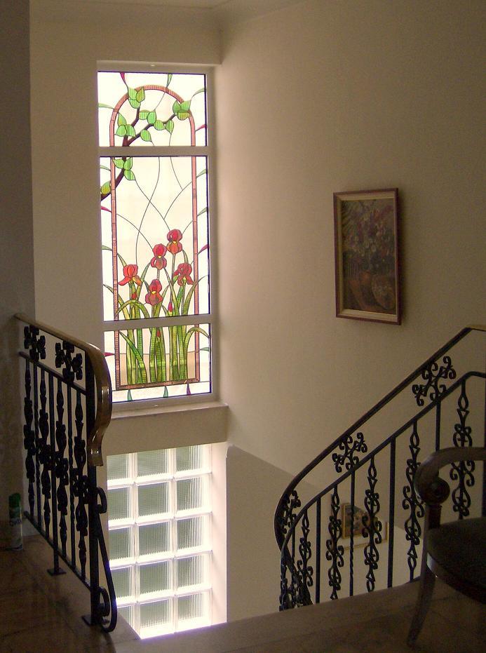 Atelier verrier de clermont vitrail verre fusionn for Chassis fenetre atelier