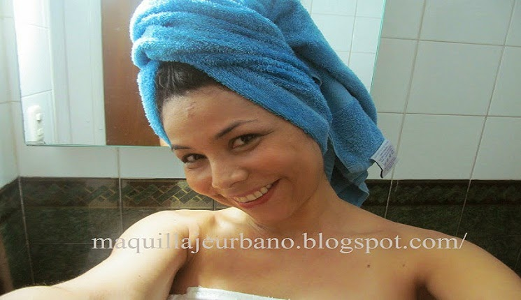 lavando el cabello