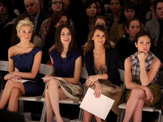 What to Wear to a Fashion Show