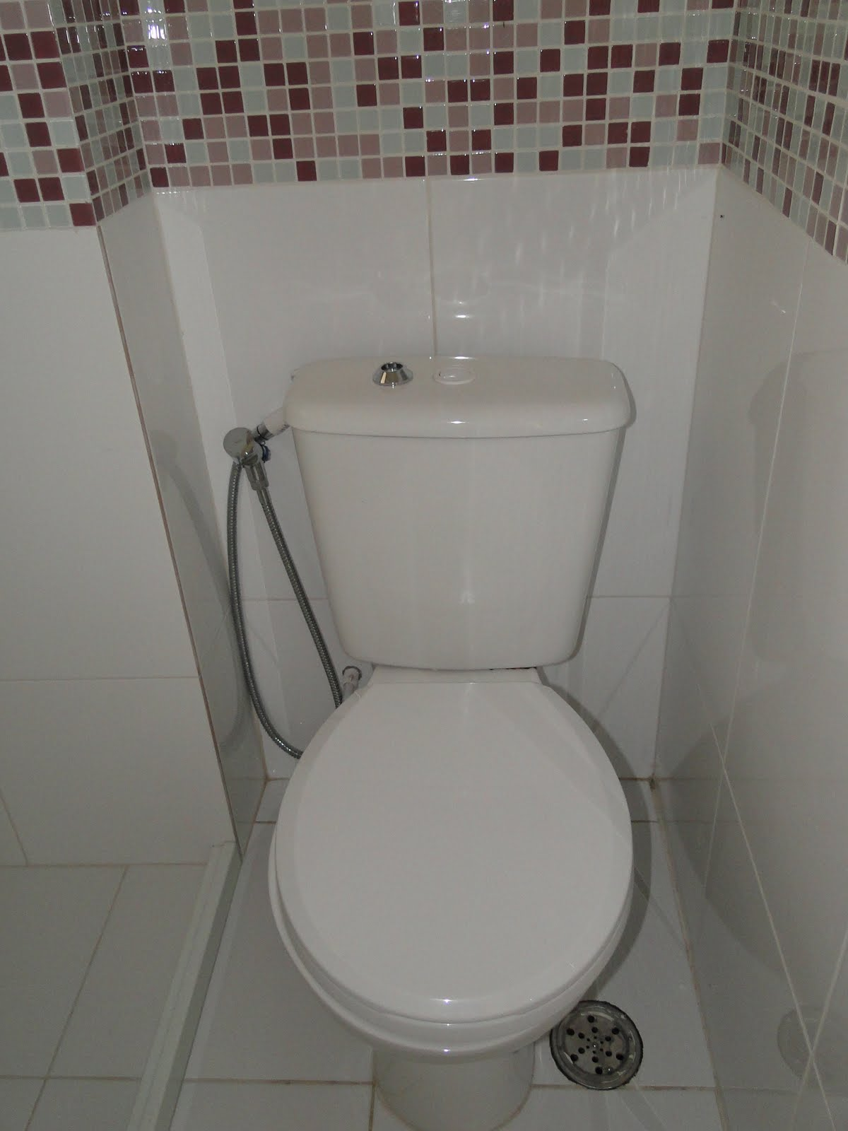 Depois do casório: a casa.: A obra acabou mas  #443633 1200x1600 Banheiro Acabamento