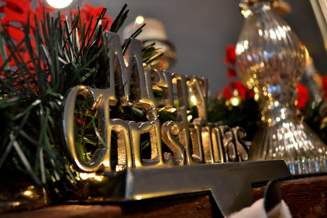 christmas mantel decor