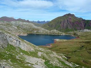 montaña,seguridad,deportes de aventura,accidentes de montaña,tocando las nubes