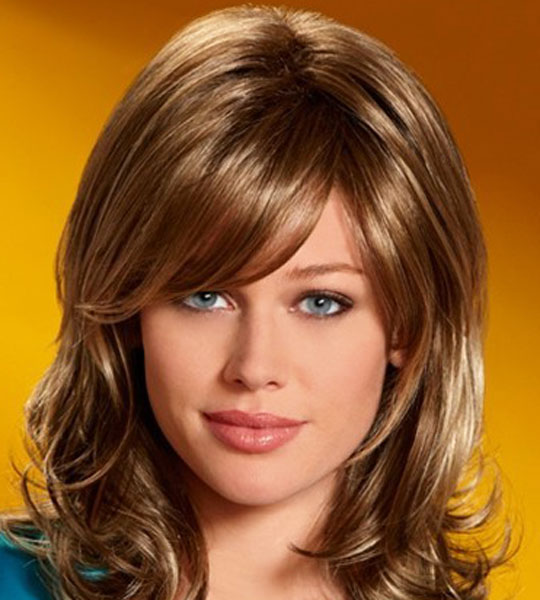 Adriana Lima Medium Haircuts for Women