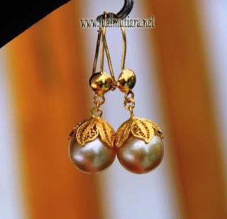 anting Emas Mutiara Air Laut Gold