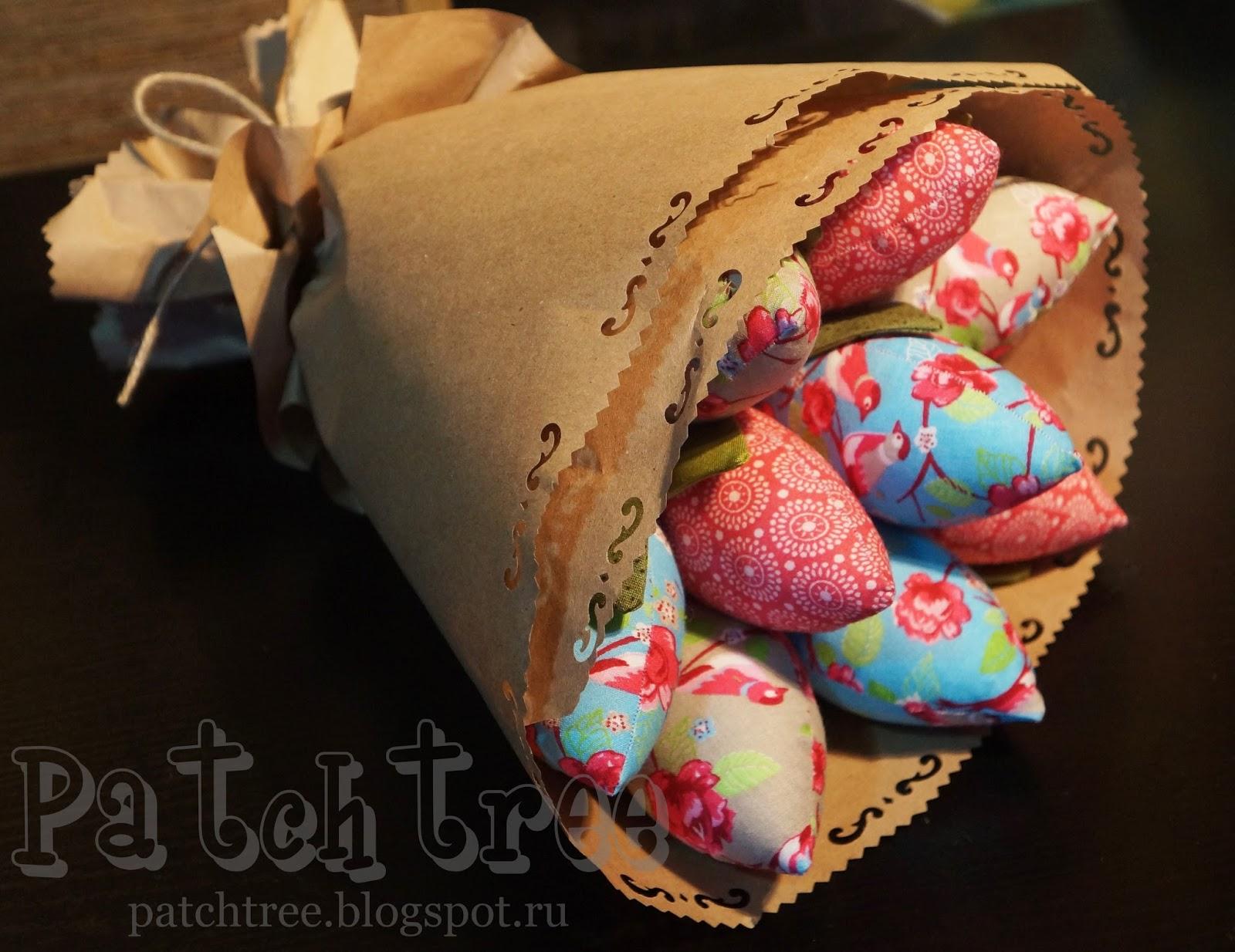 Упаковка текстильных тюльпанов