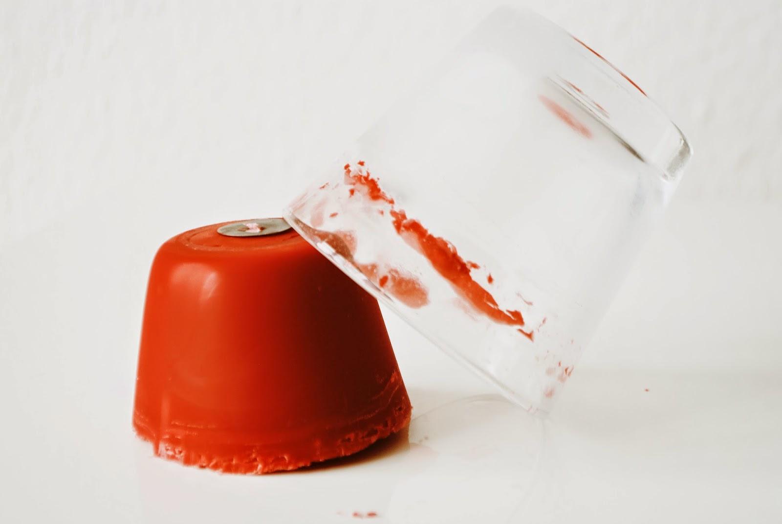 wachs aus dem glas entfernen iby lippold haushaltstipps. Black Bedroom Furniture Sets. Home Design Ideas