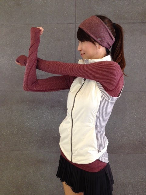 lululemon rust berry ear warmer rebel runner vest