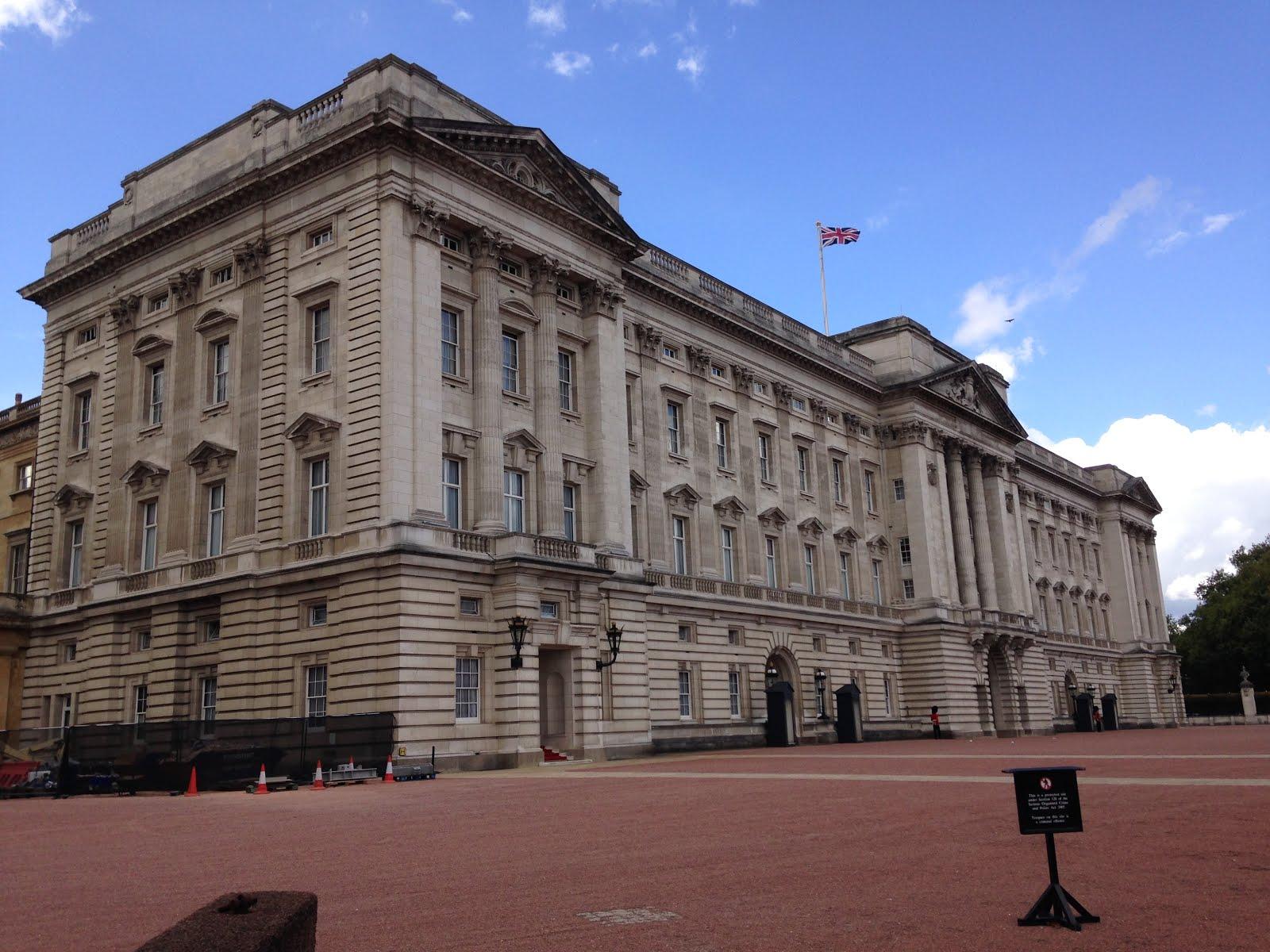 # 26 Visit Buckingham Palace
