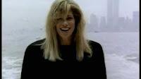 videos-musicales-de-los-80-carly-simon-let-the-river-run