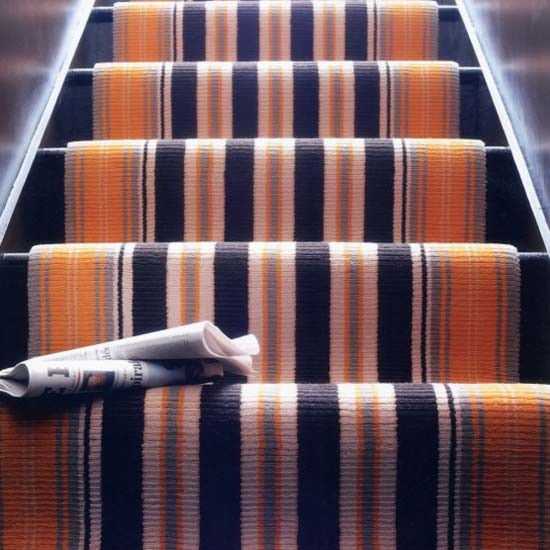 10 Eye Catching Staircase Designs For Unique Home Decor: 10 Carpet Stairs Design Ideas