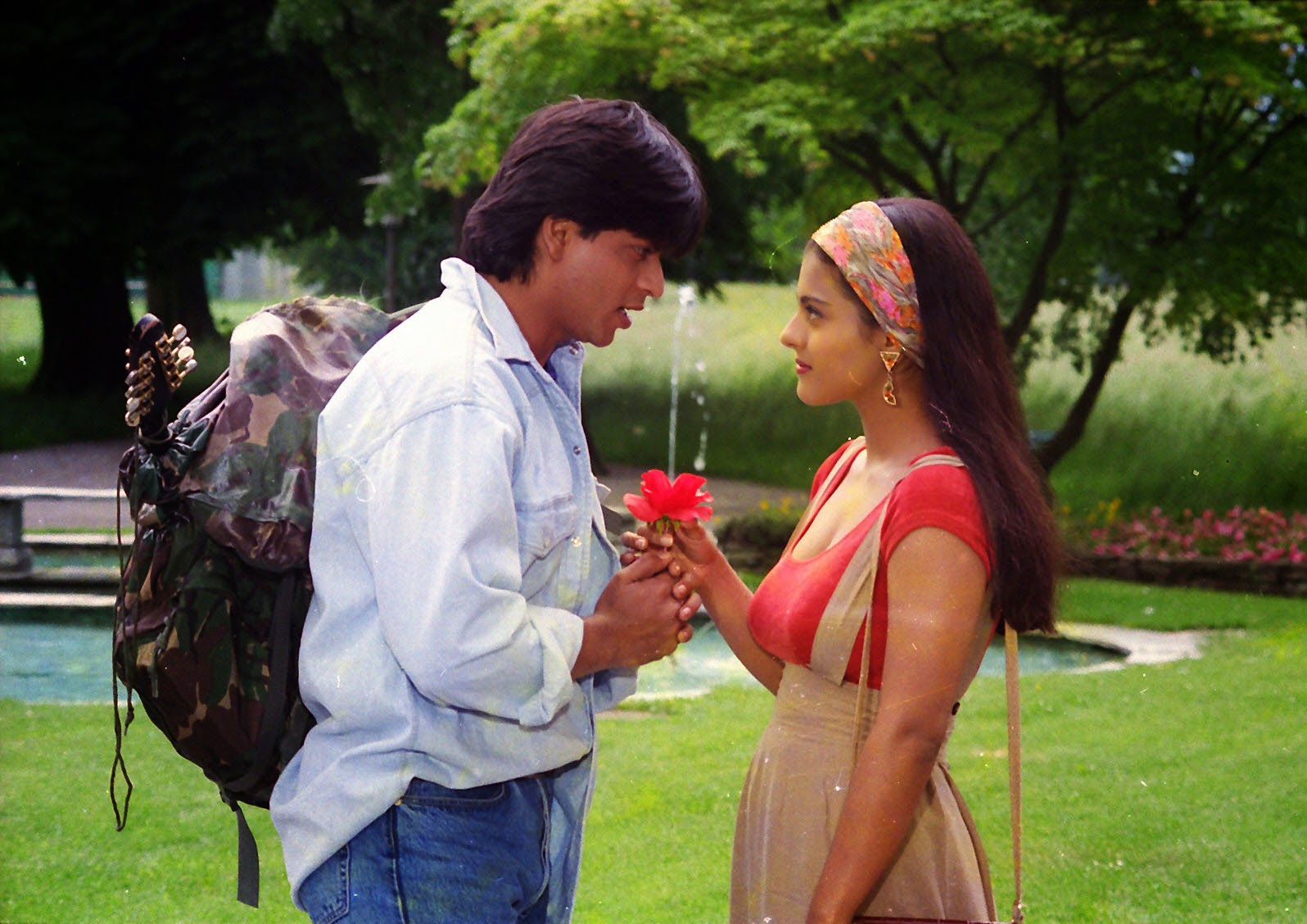 .: Dilwale Dulhania Le Jayenge: Why we still remember it
