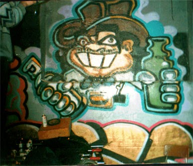 Bar pintado en el interior