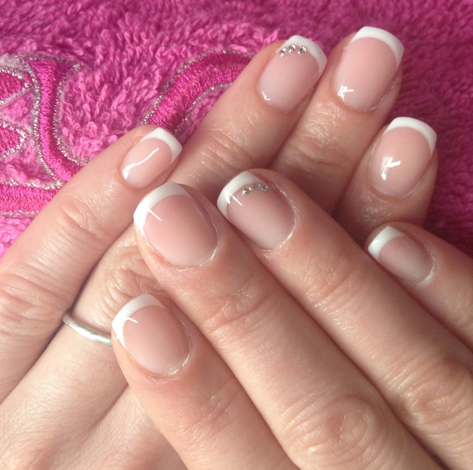 GLAMOUR NAILS: Gel on natural nails - OVERLAY