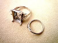 おばあさまから譲り受けた二つのリングが一つのリングに生まれ変わった。
