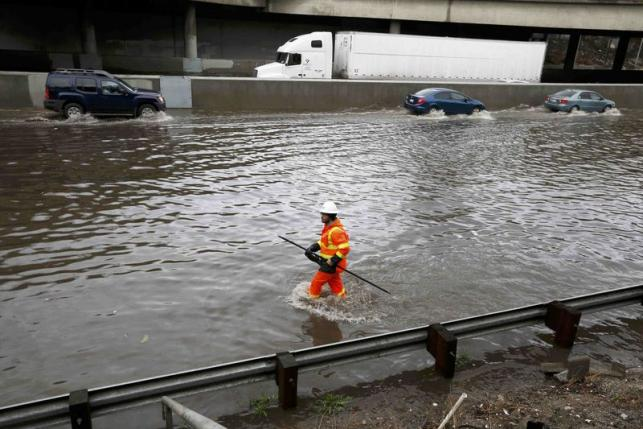 California Storm – Floods Leave 1 Dead, Dozens Evacuated And Thousands Without Power