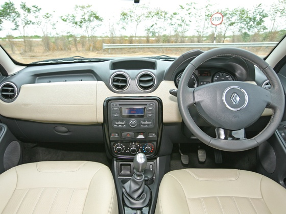 renault-duster-interiors