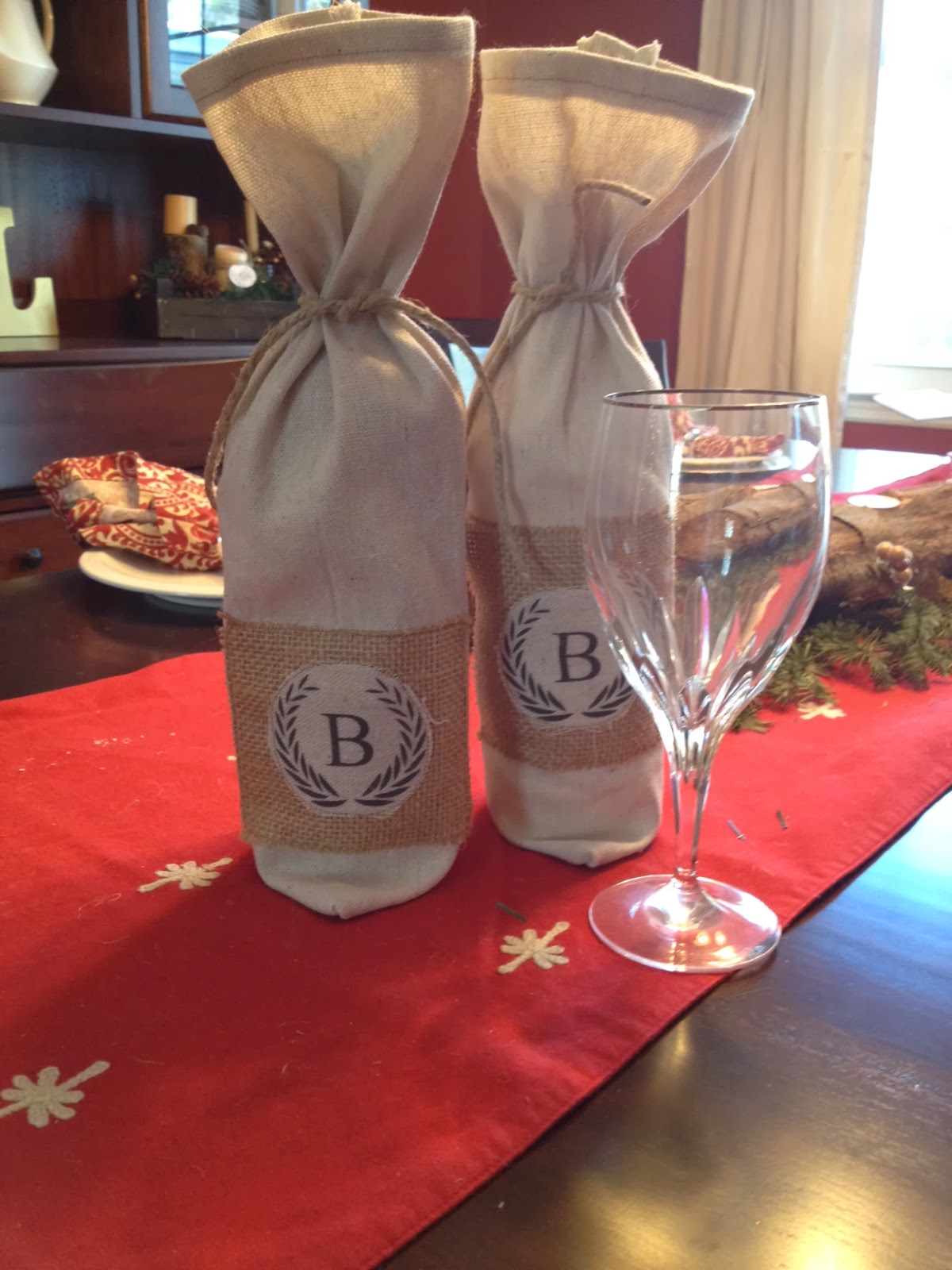 two it yourself  diy monogrammed wine bottle bag  pottery barn