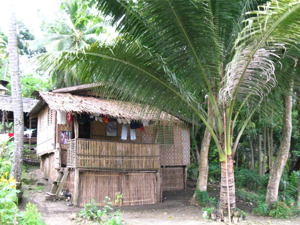 Expatland.blogspot.com