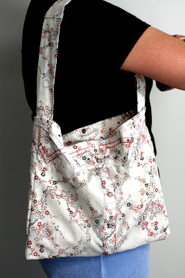 DIY : Shirt to Purse