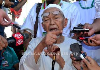 Video Terlampau - Nik Aziz Dakwa UMNO Murtad