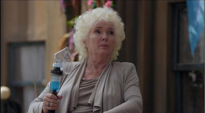 Defiance pilot former Mayor Nicolette Nicky Riordon Fionnula Flanagan screencaps pictures oxygen mask wand device breathing apparatus