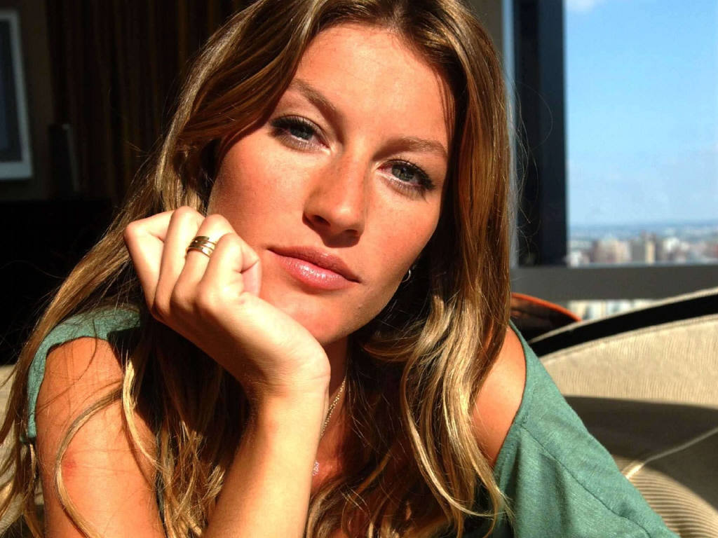 Gisele Bundchen Hot Pictures, Photo Gallery & Wallpapers Gisele Bundchen