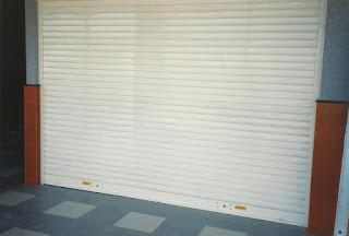 Instalación de persianas para comercios