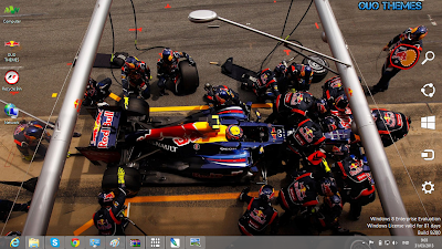 Mark Webber Formula 1 Theme For Windows 7 And 8